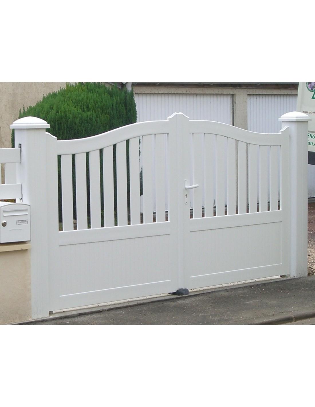 Portail PVC Battant Trevignon, 3m à 5m Sur Mesure U003d Portail Exterieur Sur  Mesure